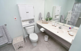 Bathroom---One-Bedroom---The-Parkdale