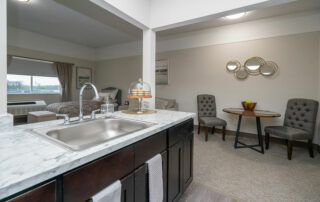 Kitchen-Dining---Deluxe-Studio---The-Parkdale