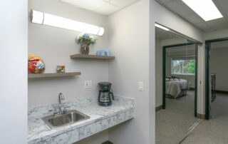 Storage-&-Bar---One-Bedroom---The-Parkdale